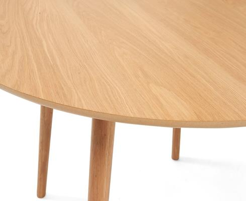 Harstad Oak round dining table image 8