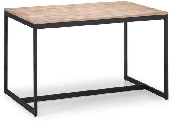 Finlay dining table