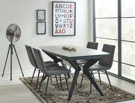 Soho extending table with 4 Dalston chairs