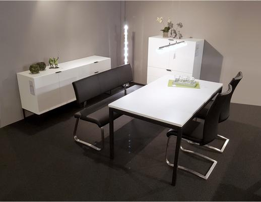 Kiba dining table image 5