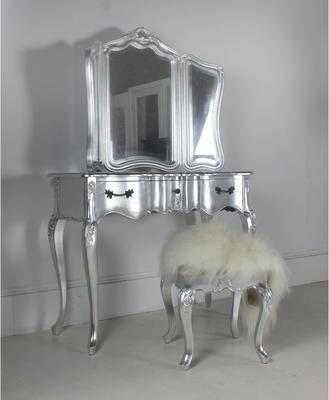 Ripple French-Style Three Drawer Console or Dressing Table image 12