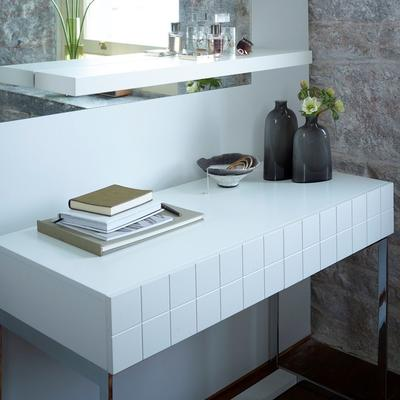 Barcelona Modern Dressing Table Grid Texture - Matt White Lacquer image 3