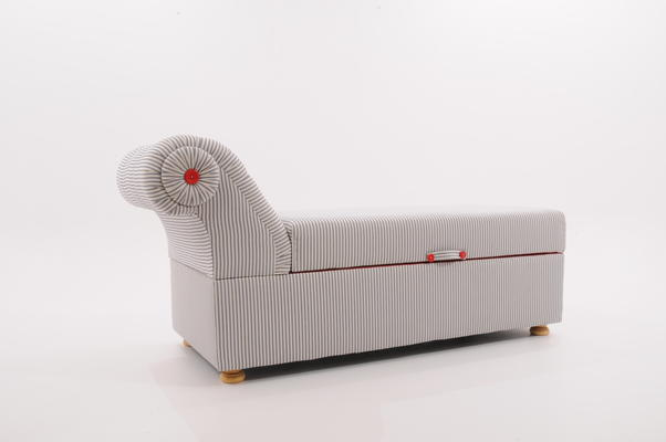 Victorian Ottoman Box / Daybed image 4