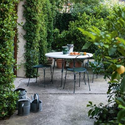 Magis Retro Garden Shiny Chair Black or White image 5