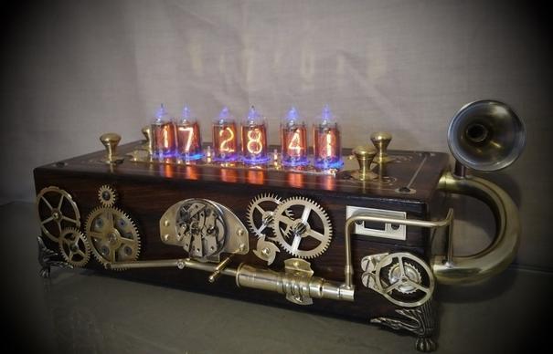 Bad Dog Designs 'Pandora' Steampunk Nixie Clock