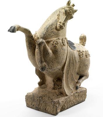 Large Stone Horse image 3