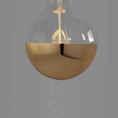 Nostalgia Lights Super Globe LED. Gold Cap