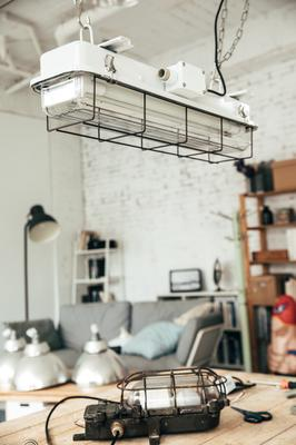 CAGED INDUSTRIAL STRIP LIGHT – 2FT WHITE image 2