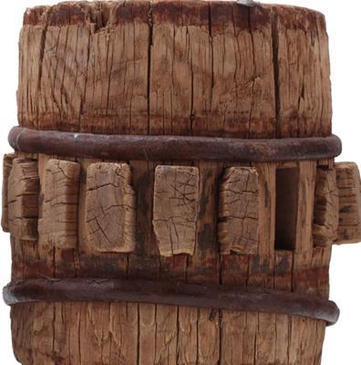 Wooden Cart Hub image 3
