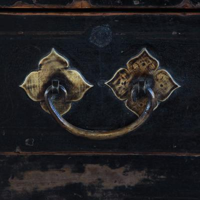 Painted Three Drawer Coffer image 4