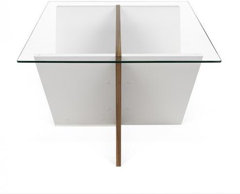 Walt side table image 3