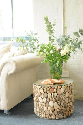 Driftwood Round Drum Lamp Table with Glass Top image 5