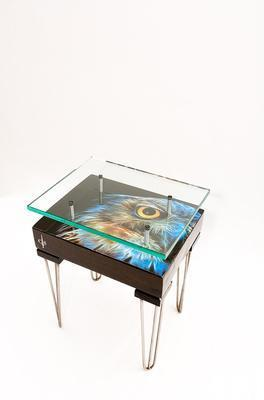 Electric Owl Side Table with Glass Top image 6