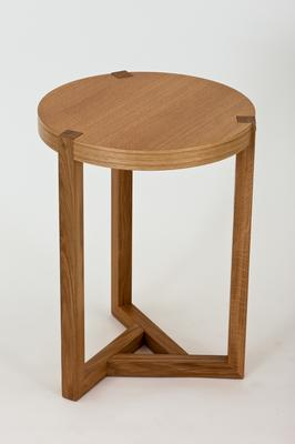 Brentwood side table image 3