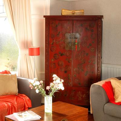 Gold Decorated Wedding Cabinet, Red Lacquer image 5