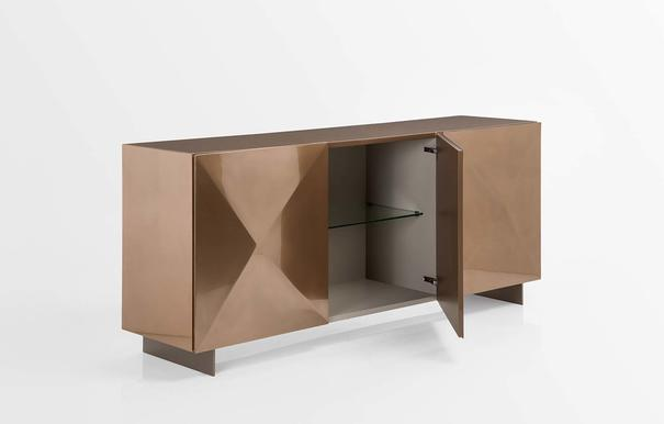 Tuxi 3 door sideboard image 2