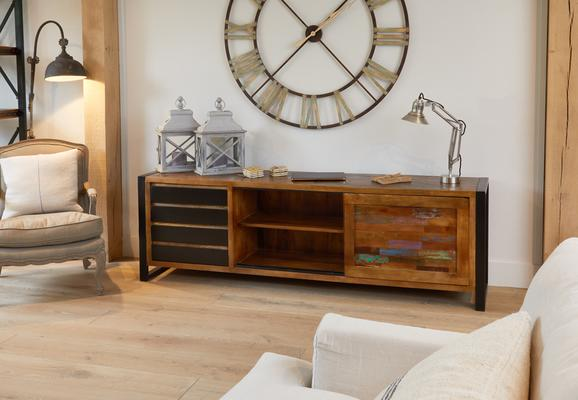 Urban Chic Reclaimed Ultra Large Sideboard 4 Drawers image 2