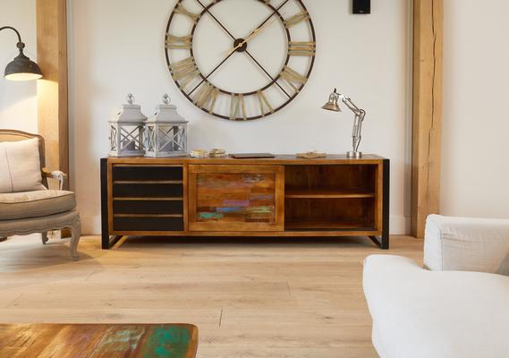 Urban Chic Reclaimed Ultra Large Sideboard 4 Drawers image 4