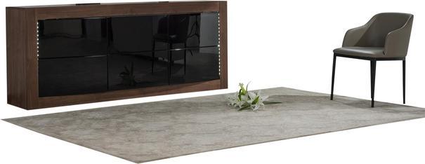 Doulton 3 door sideboard image 3