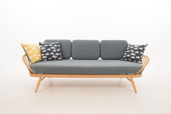 Ercol Original Studio Couch/Daybed 355 image 7