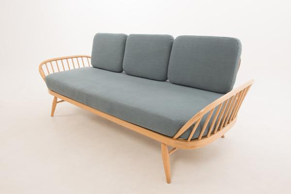 Ercol Original Studio Couch/Daybed 355 image 10