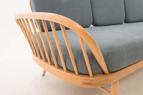 Ercol Original Studio Couch/Daybed 355 image 11