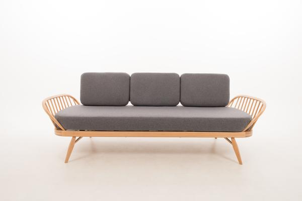 Ercol Original Studio Couch/Daybed 355 Blonde image 2