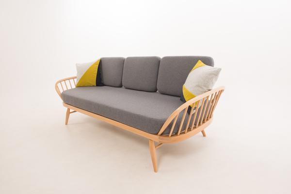 Ercol Original Studio Couch/Daybed 355 Blonde image 6