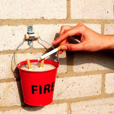 Suck UK Fire Bucket Ashtray [D] image 2