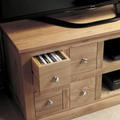 Mobel Oak Four Drawer TV and DVD Cabinet image 3