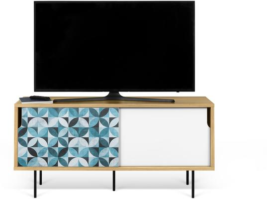 Dann (tiles) TV table image 11
