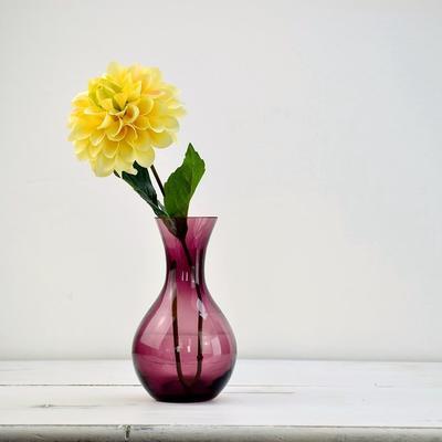 Small Posy Vase 'Viola' - 18cm High image 2