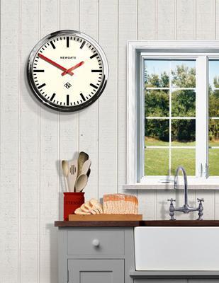 Newgate Metropolitan Clock (Chrome) image 2
