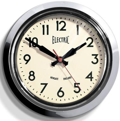 Newgate Small 50s Electric Wall Clock (Chrome)