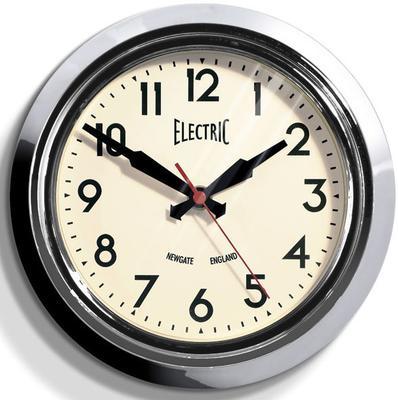 Newgate Small 50s Electric Wall Clock (Chrome)