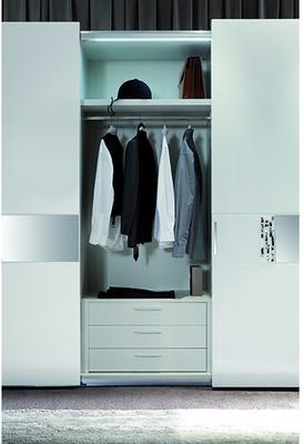 Murano 3 sliding door wardrobe image 2