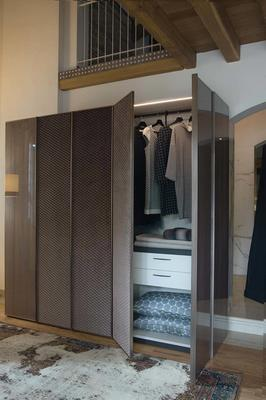 Elysee 5 door (wood and fabric) wardrobe image 2