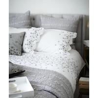 Hanoi Daisy Hand-embroidered Cotton Percale Bed Linen