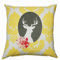 cushion on natural fabrics – Yellow deer cameo