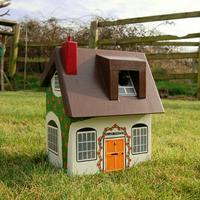 Handmade Cottage Bird Box by Lindleywood