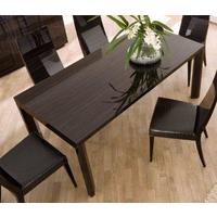 Nightfly extending table and square chairs by Icona Furniture