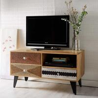 Sorio Small Media Unit by Indian Hub