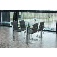 Kanta dining table and 4 Kito chairs by Icona Furniture